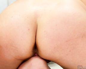 Aidra Fox and Shyla Jennings lesbian yoga porn
