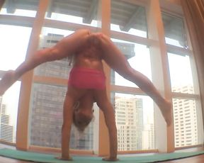 Sexy yoga video with the professional contortionist