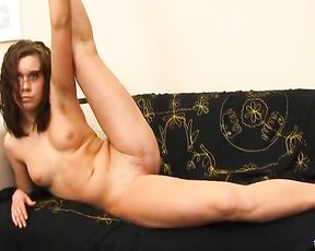 Naked yoga video with the nude ballet dancer