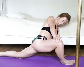 Redhead amateur MILF in hot webcam yoga video