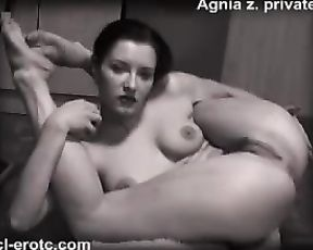 Black and white naked yoga show with the female contortionist