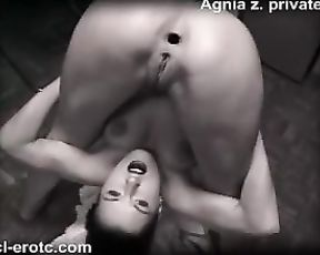 Nude yoga poses in contortionist porn video