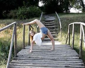 Outdoor Karina's sexy yoga video