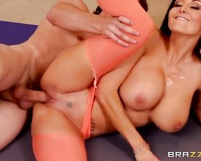 Busty mature lady has yoga sex with her instructor