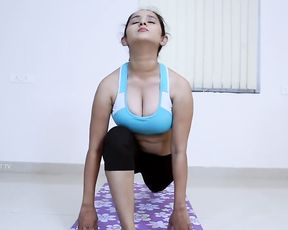 Sexy Indian girl with huge boobs in instructional yoga video
