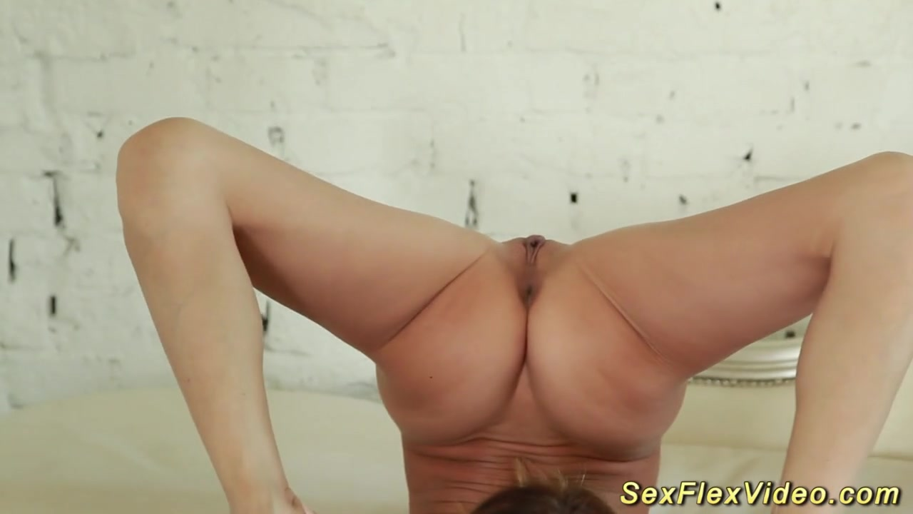 Contortion nudes