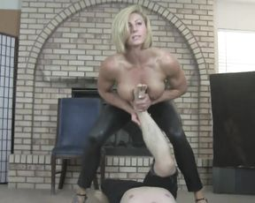 Tough nude female bodybuilder teaches her yoga student
