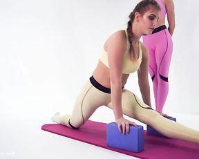 Cameltoe girls on Russian yoga TV show