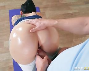 Anal yoga sex with big ass Mandy Muse having hot session with her instructor