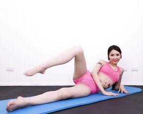 Japanese teen girl in sexy yoga cameltoe video