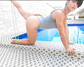 Sexy yoga with juicy leg girl at the pool