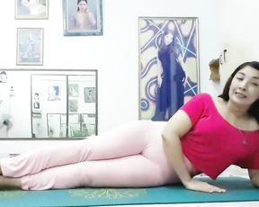 Sexy mature woman in tight yoga pants