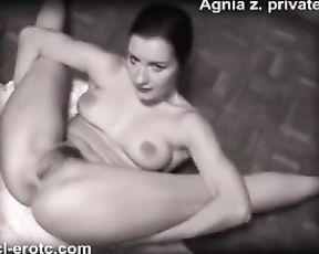 Retro yoga porn video on the floor